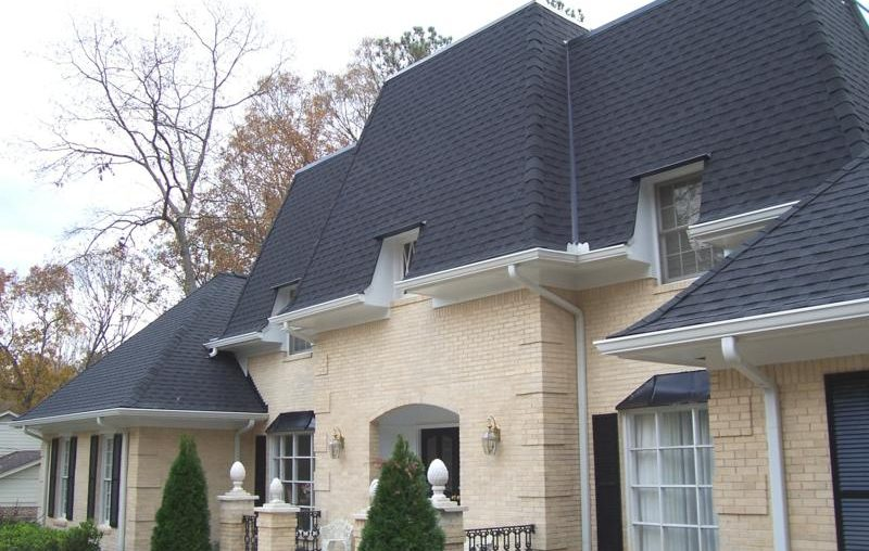 How Your Roof Affects Your Homes Curb Appeal